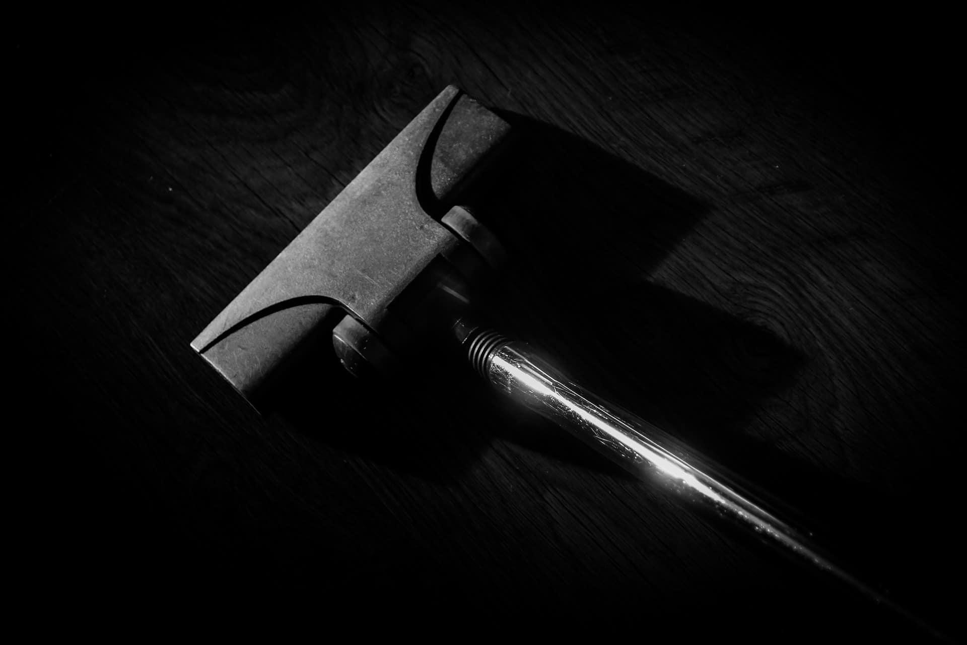 staubsauger test 2018 die besten staubsauger im vergleich. Black Bedroom Furniture Sets. Home Design Ideas