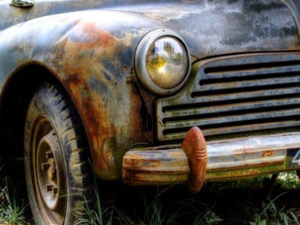 Auto mit Rost
