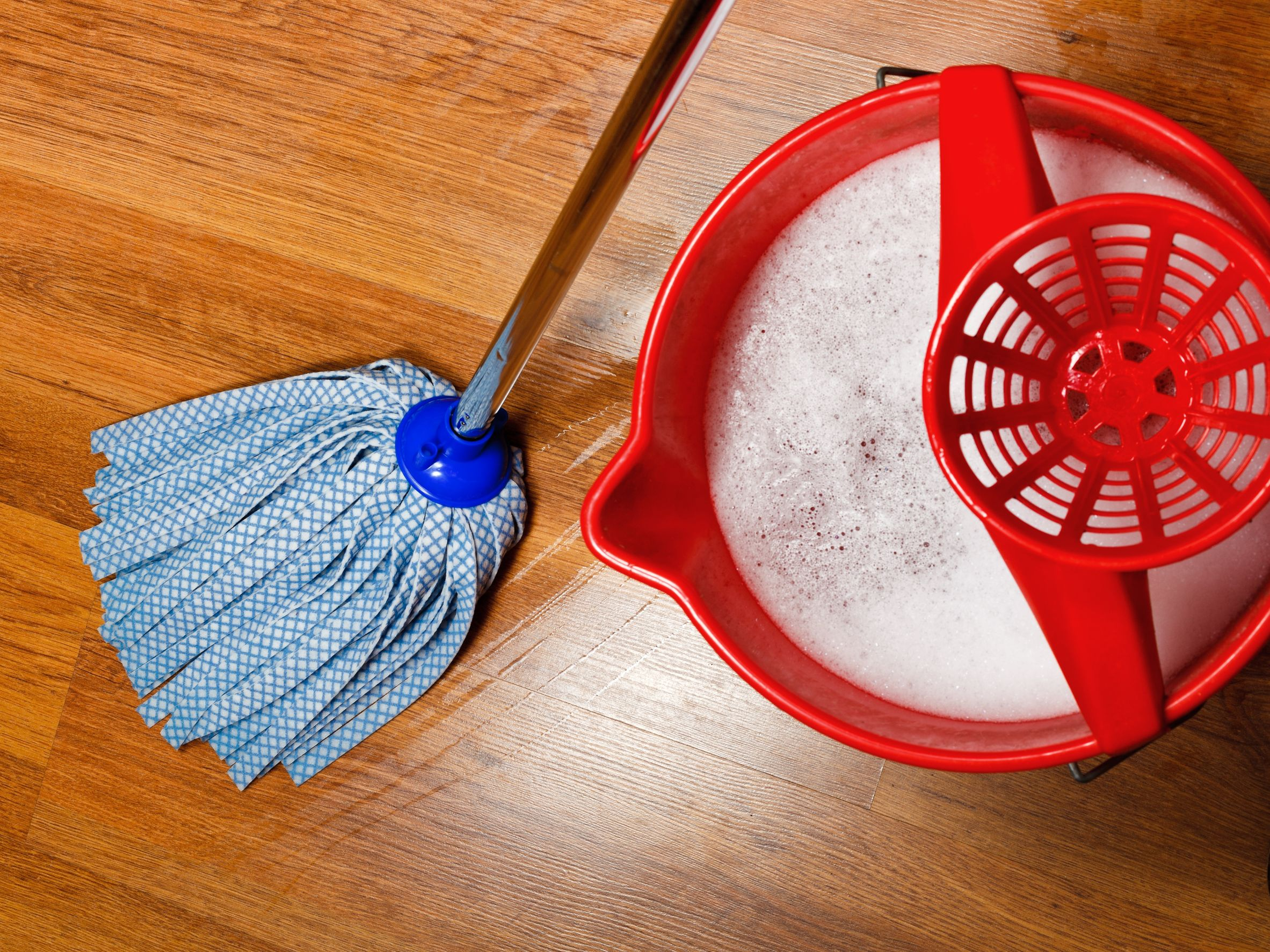 Leifheit Set Clean Twist Disc Mop Wischmop mit effizienter Schleudertechnologie