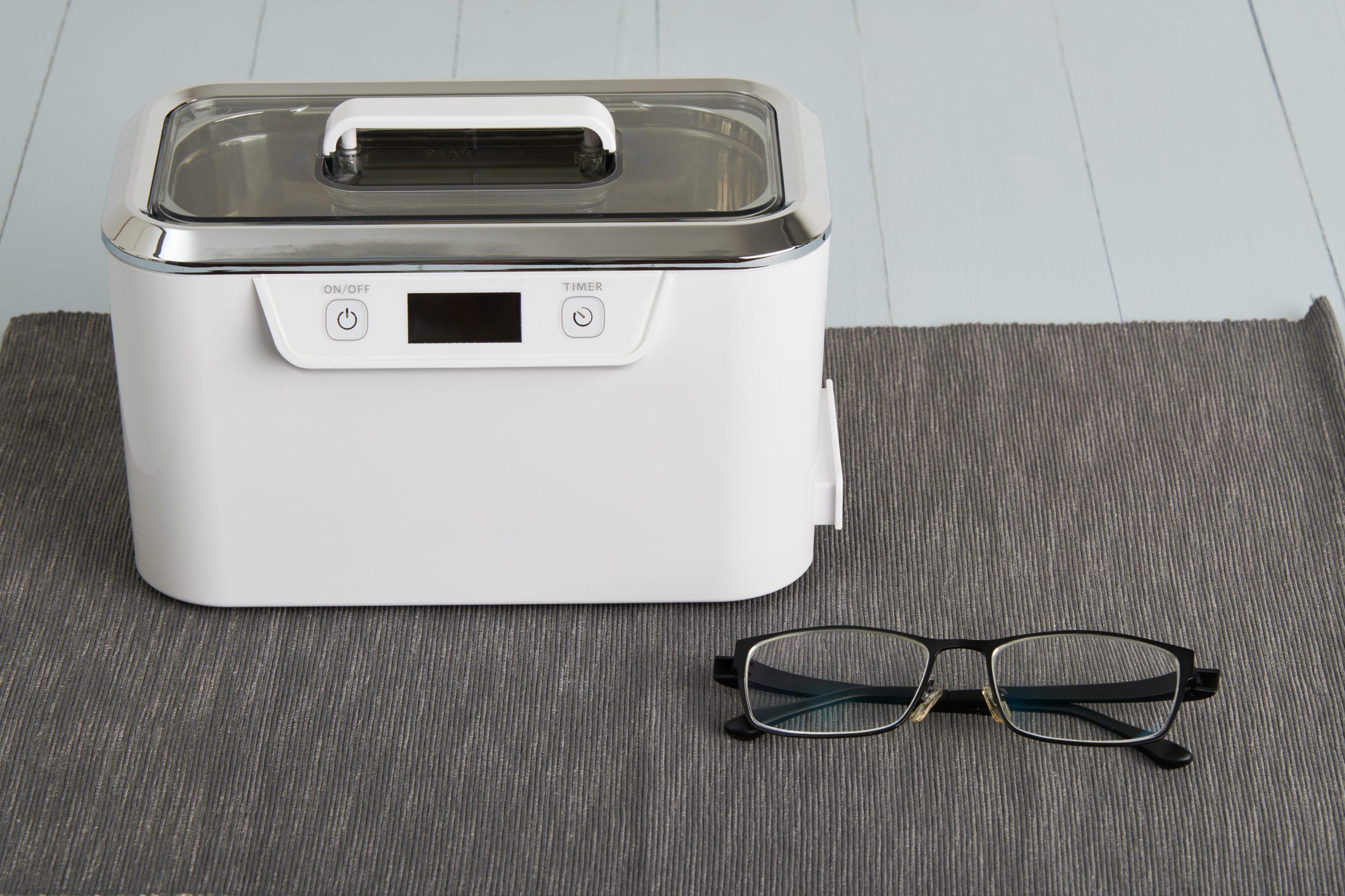 Brillenreinigungsgerät